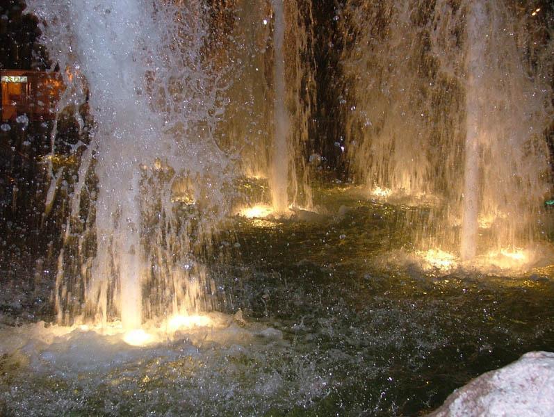 Ночь воды и света
