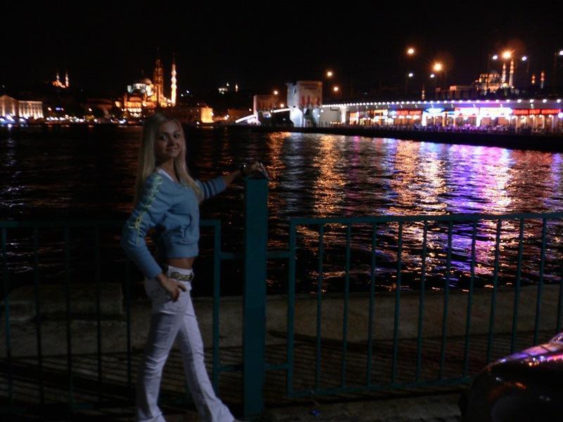 Ночной Босфор (пролив между Европой и азией)