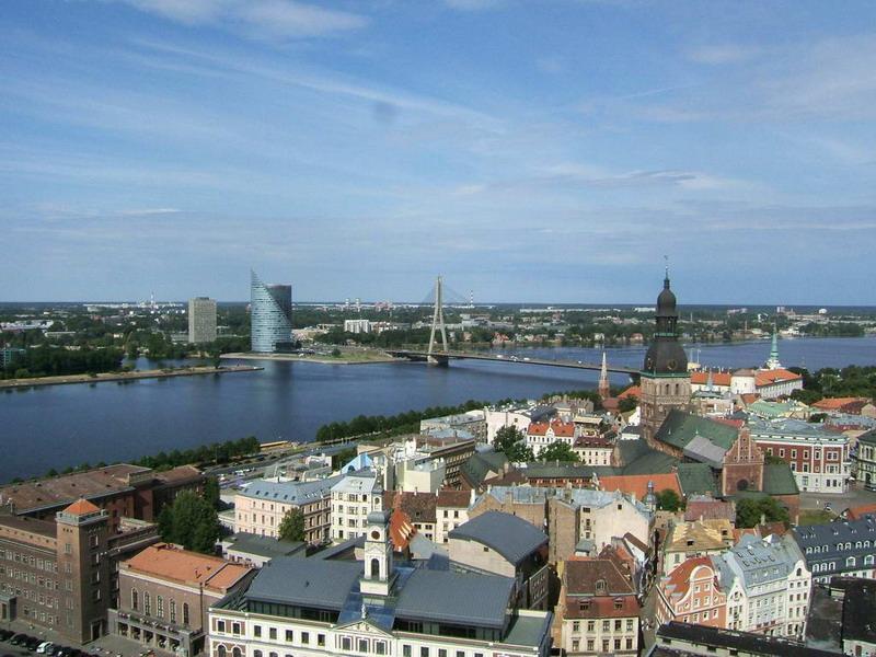Панорамный вид старой Риги