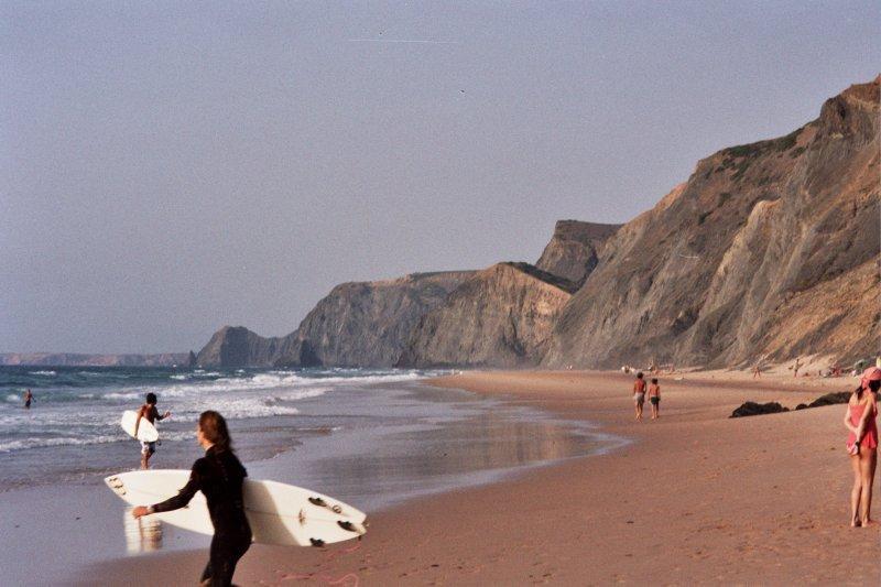 Один из серфингмстских пляжей